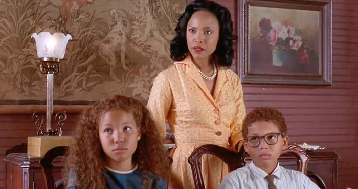 Image still from Eve's Bayou (1997)- with Jurnee Smollett, Lynn Whitfield, and Jake Smollett.
